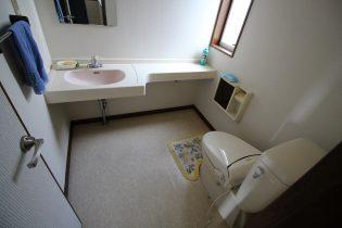 《ビフォー 2階トイレ》